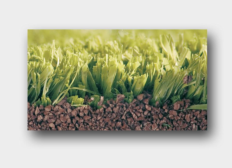 Intaso di gomma per fili d'erba sintetica recuperato da pneumatici fuori uso